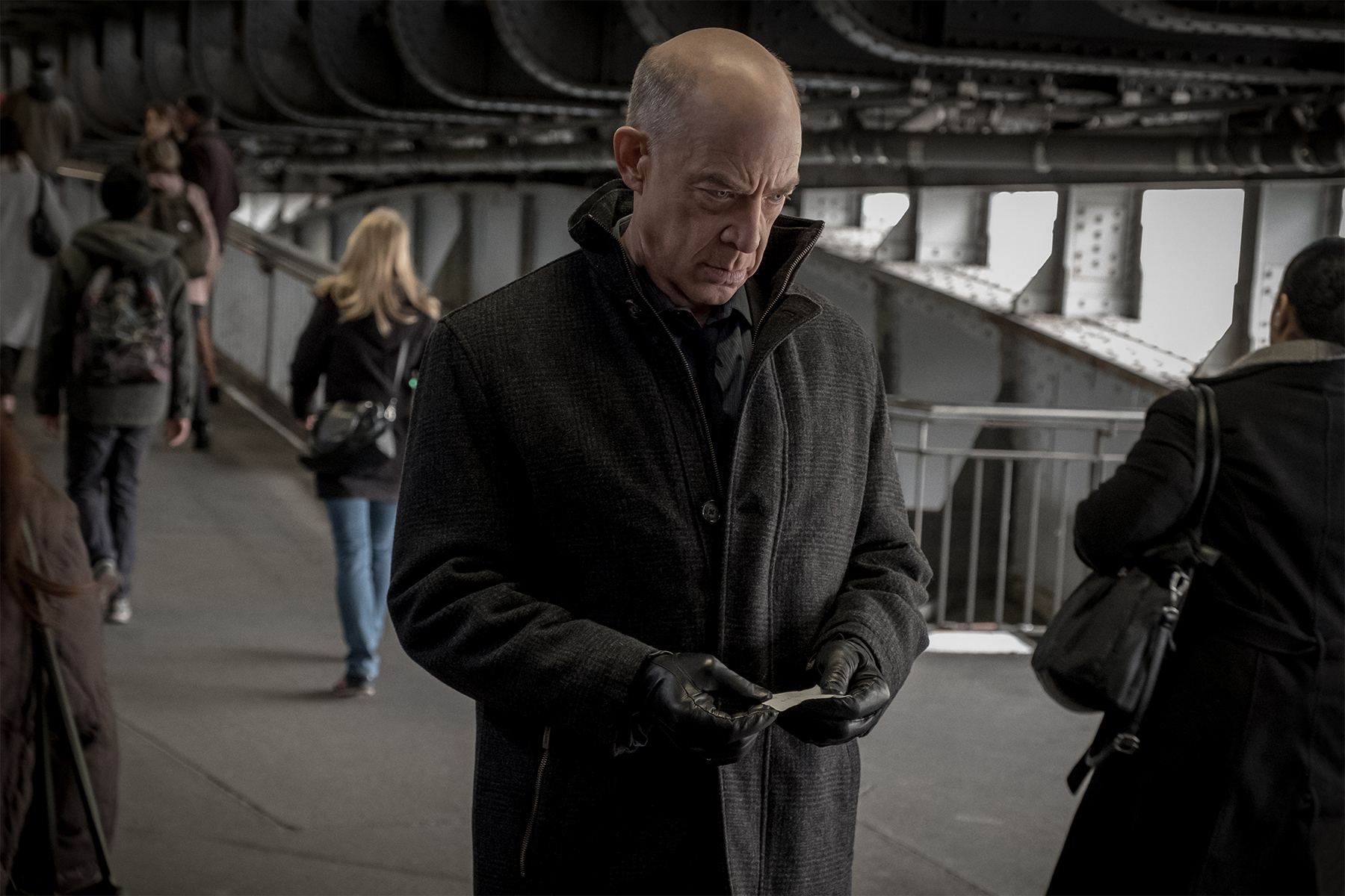 Counterpart on Starz Finale Review: Episode 10 is an Ending ...
