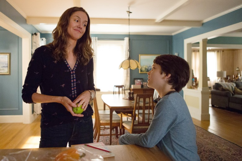 Dangerous Book for Boys Erinn Hayes as Beth McKenna and Gabriel Bateman as Wyatt McKenna