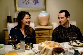 "THE AMERICANS ""Dead Hand"" -- Season 6, Episode 1 (Airs Wednesday, March 28, 10:00 pm/ep) -- Pictured: (l-r) Keri Russell as Elizabeth Jennings, Matthew Rhys as Philip Jennings"
