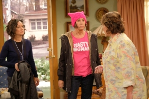 ROSEANNE - Iconic comedy series ÒRoseanneÓ returns to The ABC Television Network on Tuesday, March 27, at 8 p.m. EDT, with nine new episodes featuring the complete original cast - Roseanne Barr, John Goodman, Sara Gilbert, Laurie Metcalf, Michael Fishman and Lecy Goranson. Sarah Chalke, who played the character Becky in later seasons, will also appear in another role. New cast joining the one-of-a-kind Conner family includes Emma Kenney as Harris Conner-Healy, Ames McNamara as Mark Conner-Healy and Jayden Rey as Mary Conner. With fresh stories that tackle todayÕs issues and even more laughs from a brilliant cast and crew that havenÕt missed a beat, audiences old and new will celebrate the homecoming of AmericaÕs favorite working-class family. (ABC/Adam Rose)SARA GILBERT, LAURIE METCALF, ROSEANNE BARR