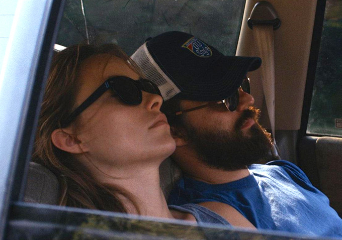 Olivia Wilde Jake Johnson Drinking Buddies