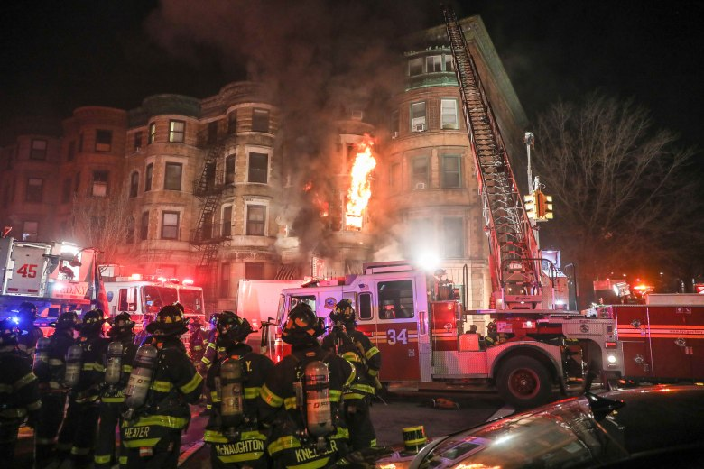 Firefighters tackle the blaze Fire on 'Motherless Brooklyn' film set, New York, USA - 23 Mar 2018 A fire struck the basement of a building where it was a movie set from Motherless Brooklyn's film director Edward Norton at 401 St. Nicholas Avenue in Hamilton Heights on Manhattan Island in New York City early in the morning