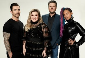 THE VOICE -- Season: 14 --  Pictured: (l-r) Adam Levine, Kelly Clarkson, Blake Shelton, Alicia Keys -- (Photo by: Art Streiber/NBC)