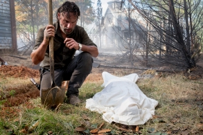 Andrew Lincoln as Rick Grimes - The Walking Dead _ Season 8, Episode 9 - Photo Credit: Gene Page/AMC