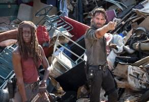 Danai Gurira as Michonne, Andrew Lincoln as Rick Grimes  - The Walking Dead _ Season 8, Episode 10 - Photo Credit: Gene Page/AMC