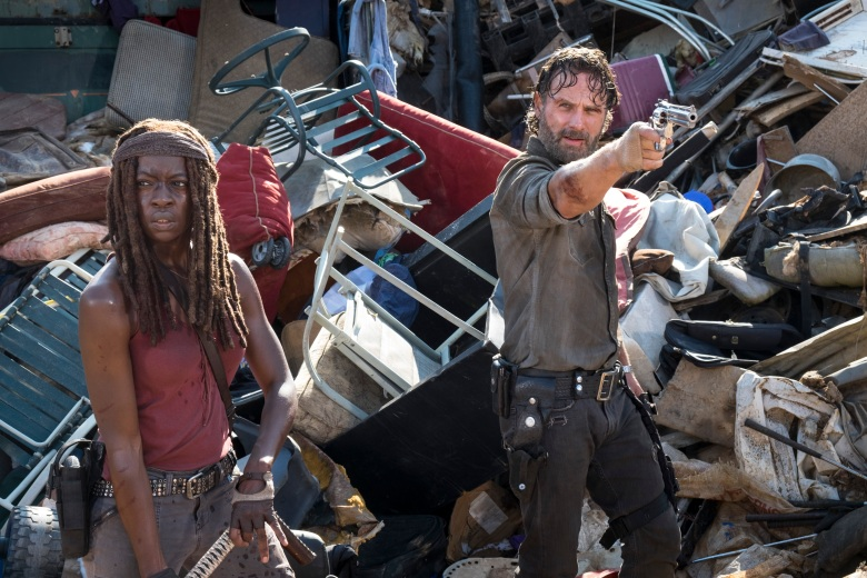 Danai Gurira as Michonne, Andrew Lincoln as Rick Grimes  - The Walking Dead _ Season 8, Episode 10 - Photo Credit: Gene Page/AMC