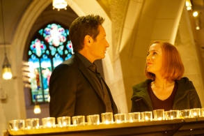 """THE X-FILES:  L-R:  David Duchovny and Gillian Anderson in the """"Nothing Lasts Forever"""" episode of THE X-FILES airing Wednesday, March 14 (8:00-9:00 PM ET/PT) on FOX.  ©2018 Fox Broadcasting Co.  Cr:  Shane Harvey/FOX"""
