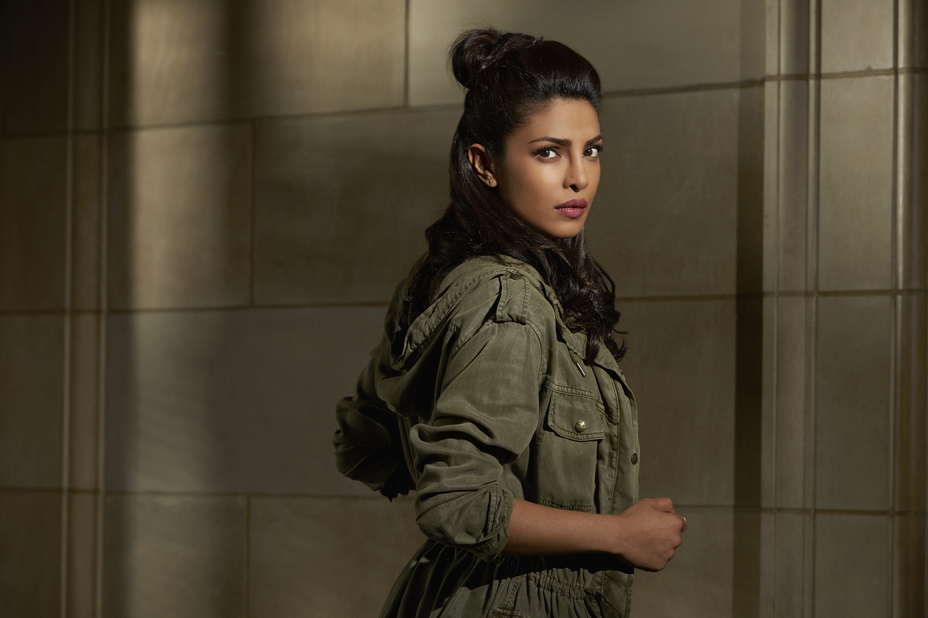 Priyanka Chopra faces the flak for Hindu terror plot on 'Quantico'