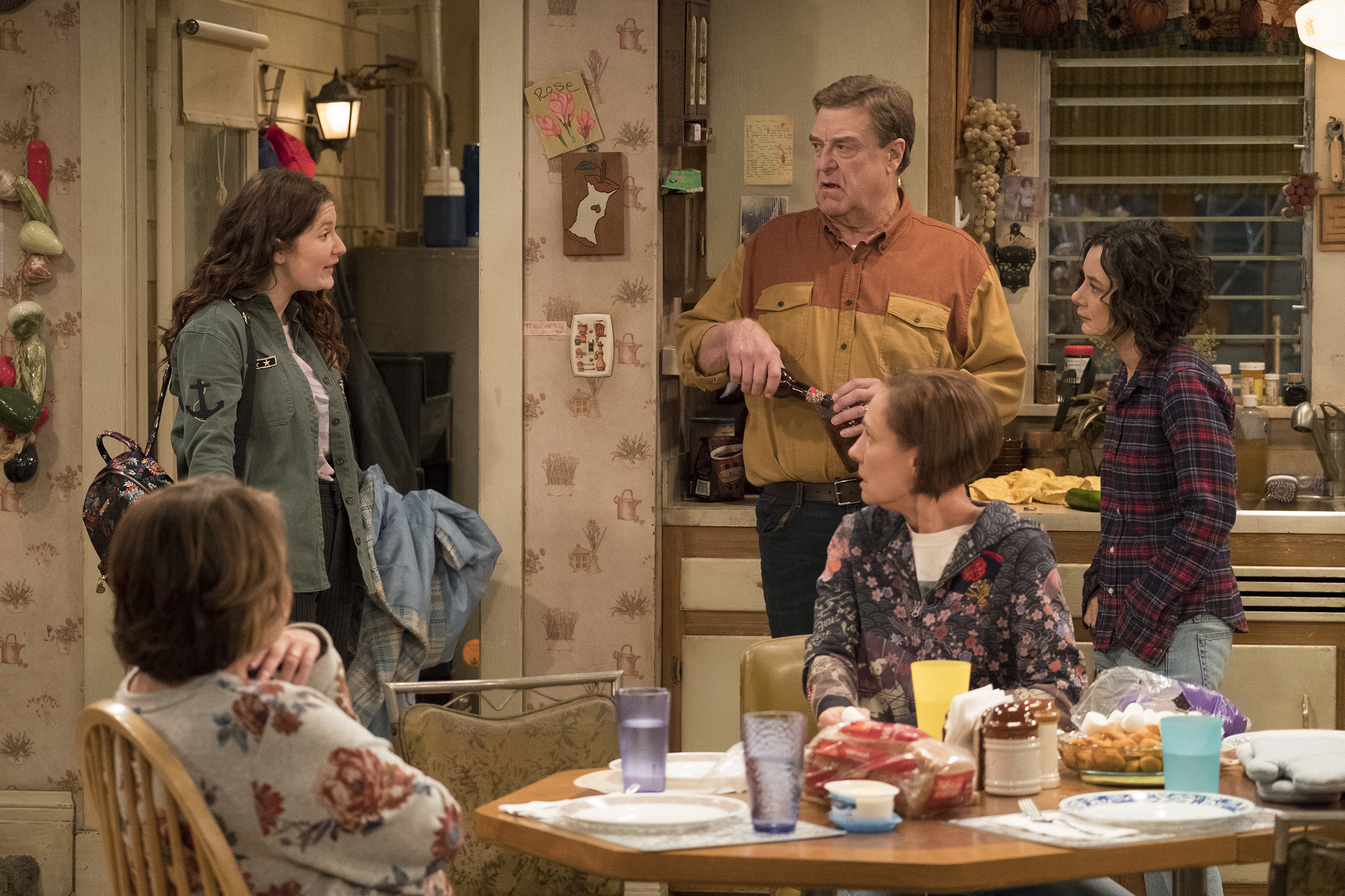'Roseanne' Will Bring Back Muslim Neighbors and Add Hispanic Characters As Producer Promises Greater Diversity