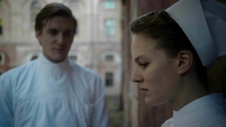 Charité' [Netflix] — Review: Hospital Miniseries Isn't