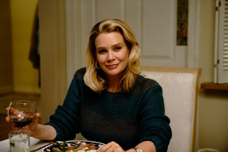 """THE AMERICANS -- """"Dead Hand"""" -- Season 6, Episode 1 (Airs Wednesday, March 28, 10:00 pm/ep) -- Pictured: Laurie Holden as Renee. CR: Patrick Harbron/FX"""