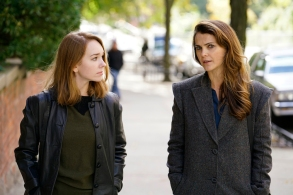 "THE AMERICANS -- ""Tchaikovsky"" -- Season 6, Episode 2 (Airs Wednesday, April 4, 10:00 pm/ep) -- Pictured: (l-r) Holly Taylor as Paige Jennings, Keri Russell as Elizabeth Jennings. CR: Patrick Harbron/FX"