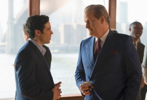 "THE LOOMING TOWER -- ""Tuesday"" - Episode 109 - The CIA becomes aware that Hazmi and Mihdhar are gone and must relay that to the FBI. O'Neill accepts a job as head of security at the World Trade Center. Soufan is sent back to Yemen. Hazmi, Mihdhar and Atta head to Vegas for a final indulgence. Ali Soufan (Tahar Rahim) and John O'Neill (Jeff Daniels), shown. (Photo by: JoJo Whilden/Hulu)"
