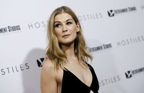 """Actress Rosamund Pike attends a special screening of """"Hostiles"""" at Metrograph, in New YorkNY Special Screening of """"Hostiles"""", New York, USA - 18 Dec 2017"""