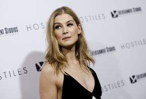 "Actress Rosamund Pike attends a special screening of ""Hostiles"" at Metrograph, in New YorkNY Special Screening of ""Hostiles"", New York, USA - 18 Dec 2017"