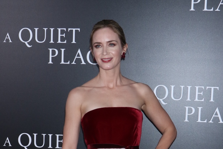 Emily Blunt 'A Quiet Place' film premiere, Arrivals, New York, USA - 02 Apr 2018WEARING OSCAR DE LA RENTA