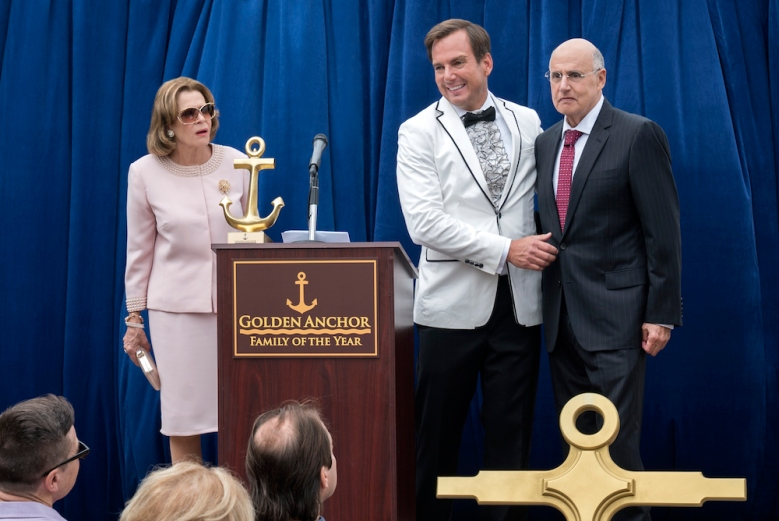 "Jessica Walter, Will Arnett, and Jeffrey Tambor in ""Arrested Development"""