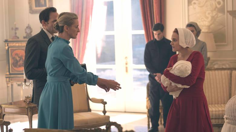 "The Handmaid's Tale -- ""The Bridge"" Episode 109 -- Offred embarks on a dangerous mission for the resistance. Janine moves to a new posting. Serena Joy suspects the Commanderís infidelity. Naomi Putnam (Ever Carradine) and Janine (Madeline Brewer), shown. (Photo by: George Kraychyk/Hulu)"