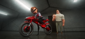 "TAKING THE WHEEL -- In ""Incredibles 2,"" Helen aka Elastigirl is called on to help bring Supers back. Her mission comes with a brand-new Elasticycle, a state-of-the-art cycle that is designed just for her. Meanwhile, Bob navigates the day-to-day heroics of ""normal"" life at home. Featuring the voices of Holly Hunter and Craig T. Nelson, Disney•Pixar's ""Incredibles 2"" busts into theaters on June 15, 2018. ©2018 Disney•Pixar. All Rights Reserved."