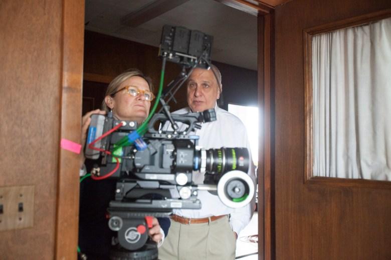 """Ellen Kuras and Errol Morris shooting """"Wormwood"""""""