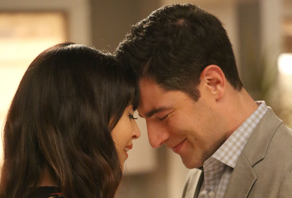 "NEW GIRL: L-R: Hannah Simone and Max Greenfield in the ""Five Stars for Beezus"" season finale episode of NEW GIRL airing Tuesday, April 4 (8:00-8:31 PM ET/PT) on FOX. ©2017 Fox Broadcasting Co. Cr: Ray Mickshaw/FOX"