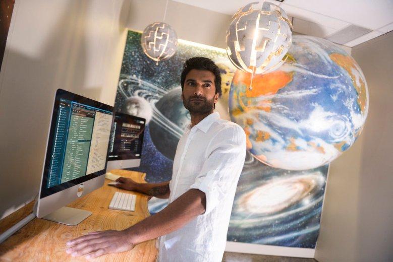 "Sendhil Ramamurthy, ""Reverie"""