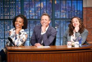 LATE NIGHT WITH SETH MEYERS -- Episode 557 -- Pictured: (l-r) Amber Ruffin, host Seth Meyers and Jenny Hagel during 'Jokes Seth Can't Tell' sketch on July 25, 2017 -- (Photo by: Lloyd Bishop/NBC)