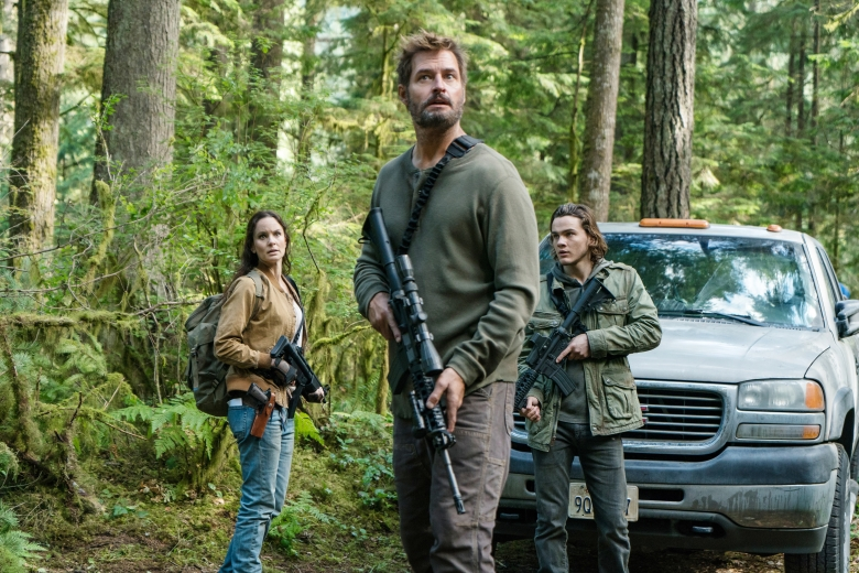 "COLONY -- ""Maquis"" Episode 301 -- Pictured: (l-r) Sarah Wayne Callies as Katie Bowman, Josh Holloway as Will Bowman, Alex Neustaedter as Bram Bowman -- (Photo by: Daniel Power/USA Network)"