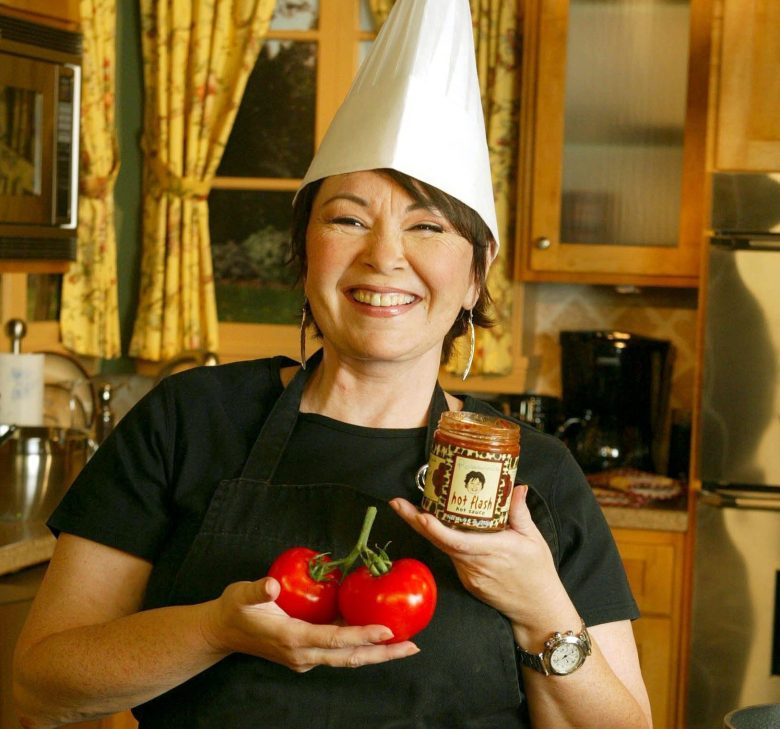 EXCLUSIVE DO NOT SEND TO NATIONAL ENQUIRER OR AMERICA MEDIA PAPERSMandatory Credit: Photo by STEWART COOK/REX/Shutterstock (397248c)ROSEANNE BARR PROMOTING HER NEW PASTA SAUCEROSEANNE BARR AT HER TV PRODUCTION STUDIO IN EL SEGUNDO, CALIFORNIA, AMERICA - 29 OCT 2002