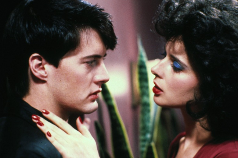 No Merchandising. Editorial Use Only. No Book Cover Usage.Mandatory Credit: Photo by De Laurentiis/Kobal/REX/Shutterstock (5882911s)Kyle Maclachlan, Isabella RosselliniBlue Velvet - 1986Director: David LynchDe LaurentiisUSAScene StillMystery/Suspense