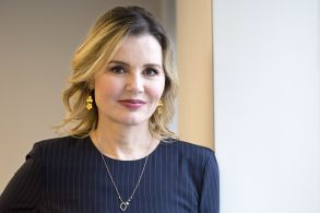 """Actress Geena Davis poses for a photo in New York. Davis starred with Susan Sarandon in the 1991 film, """"Thelma & LouiseFilm-Thelma and Louise-Legacy, New York, USA - 18 Aug 2017"""
