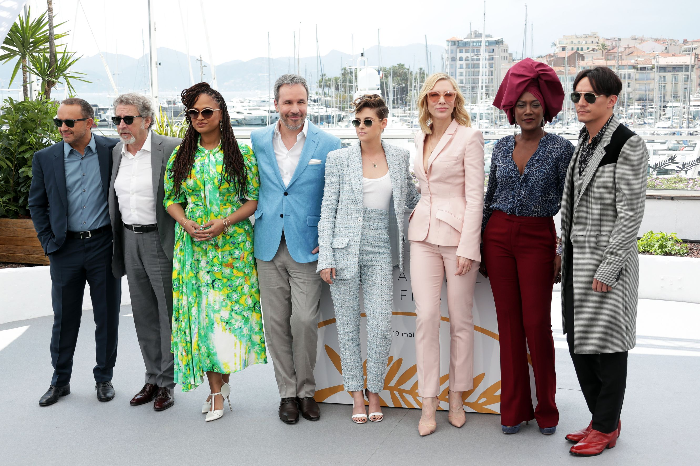 WOMandatory Credit: Photo by Canio Romaniello/Soevermedia/REX/Shutterstock (9665549p) Andrey Zvyagintsev, Robert Guediguian, Ava Duvernay, Denis Villeneuve, Kristen Stewart, Cate Blanchett, Khadja Nin, Chang Chen Photocall of the official jury, 71st Cannes Festival 2018, Cannes, France - 08 May 2018