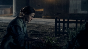 """THE HANDMAID'S TALE -- """"Unwomen"""" --Episode 202 -- Offred adjusts to a new way of life. The arrival of an unexpected person disrupts the Colonies. A family is torn apart by the rise of Gilead. Ofglen (Alexis Bledel), shown. (Photo by: George Kraychyk/Hulu)"""