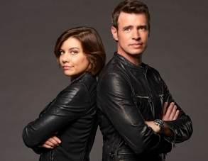 "WHISKEY CAVALIER - ABC's ""Whiskey Cavalier "" stars Lauren Cohan as Francesca ""Frankie"" Trowbridge, and Scott Foley as Will Chase. (ABC/Craig Sjodin)"