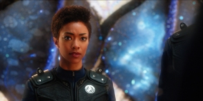 """Si Vis Pacem, Para Bellum"" -- Episode 108 -- Pictured: Sonequa Martin-Green as First Officer Michael Burnham of the CBS All Access series STAR TREK: DISCOVERY. Photo Cr: Best Possible Screengrab/CBS © 2017 CBS Interactive. All Rights Reserved."