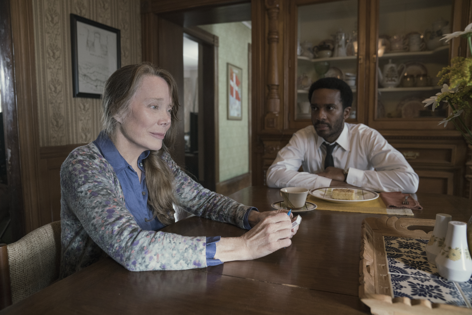 "Castle Rock --""Severance"" - Episode 101 -- Henry Deaver, a death-row attorney, confronts his dark past when an anonymous call lures him back to his hometown of Castle Rock, Maine. Ruth Deaver (Sissy Spacek) and Henry Deaver (Andre Holland), shown. (Photo by: Patrick Harbron/Hulu)"