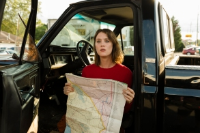 Mackenzie Davis as Cameron Howe - Halt and Catch Fire _ Season 4, Episode 10 - Photo Credit: Bob Mahoney/AMC