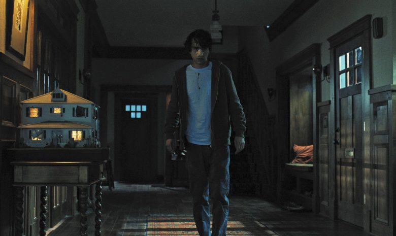 Hereditary Alex Wolff On Ari Asters Rule Breaking Holy Sht Movie