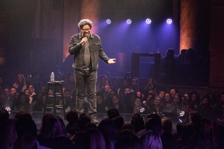 W Kamau Bell Private School Negro Netflix Special