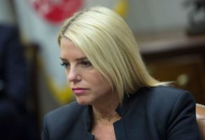 Pam BondiUS President Donald. J. Trump meets with state and local officials on school safety, Washington, USA - 22 Feb 2018Florida Attorney General Pam Bondi participates in a meeting with state and local officials on school safety at The White House in Washington, DC, USA, 22 February 2018.