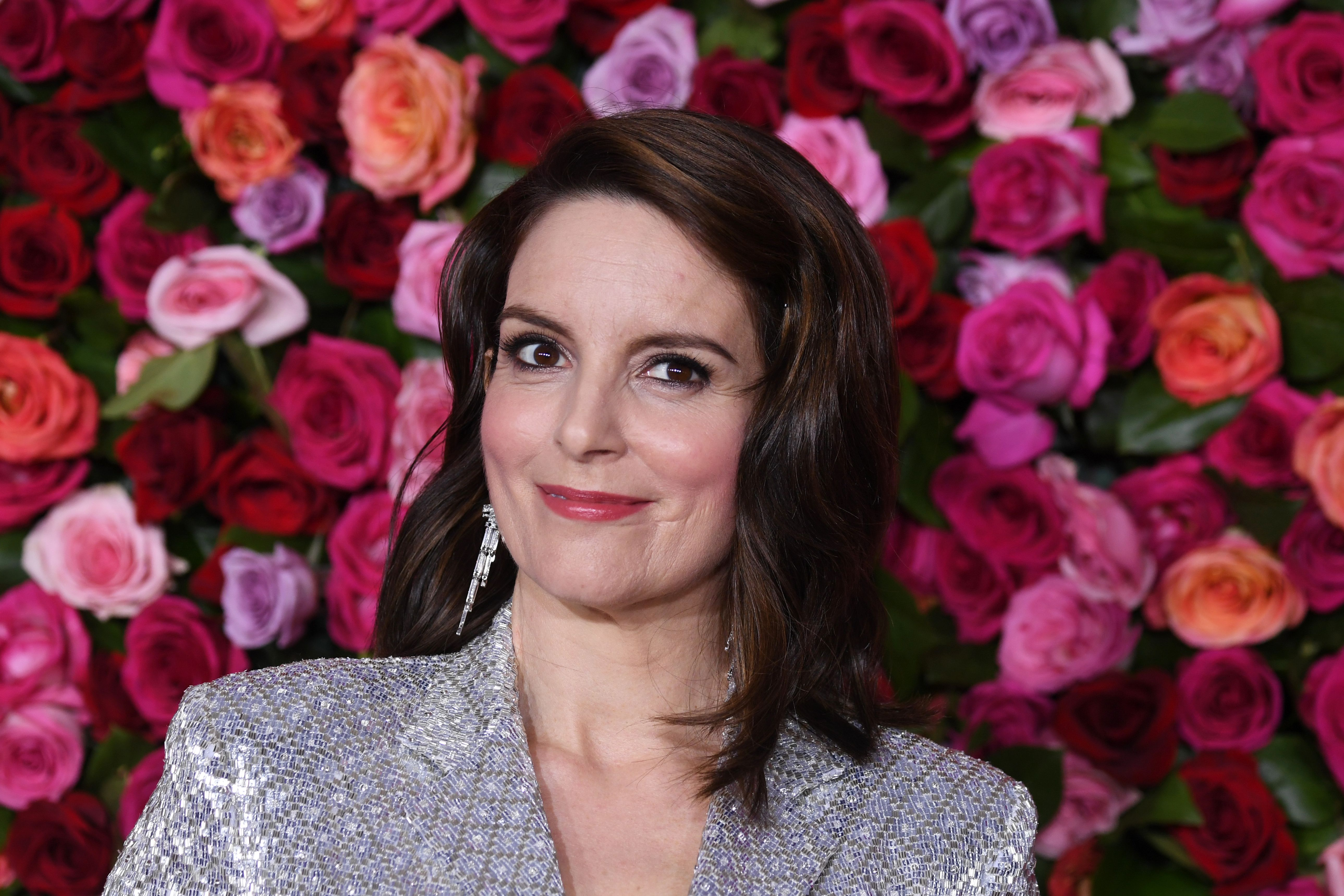 """Tina Fey Revisits Sarah Palin Guest Spot on 'Saturday Night Live': """"That's What They'll Show When I Die"""""""