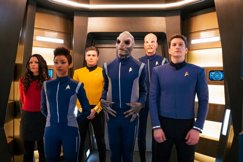 Ep #201 - Pictured: Rachael Ancheril as Lt. Nhan; Sonequa Martin-Green as Michael Burnham; Anson Mount as Captain Pike; David Benjamin Tomlinson as Linus; Doug Jones as Saru: Sean Connolly Affleck as Lt. Connolly of the CBS All Access series STAR TREK: DISCOVERY. Photo Cr: Jan Thijs/CBS © 2018 CBS Interactive. All Rights Reserved.