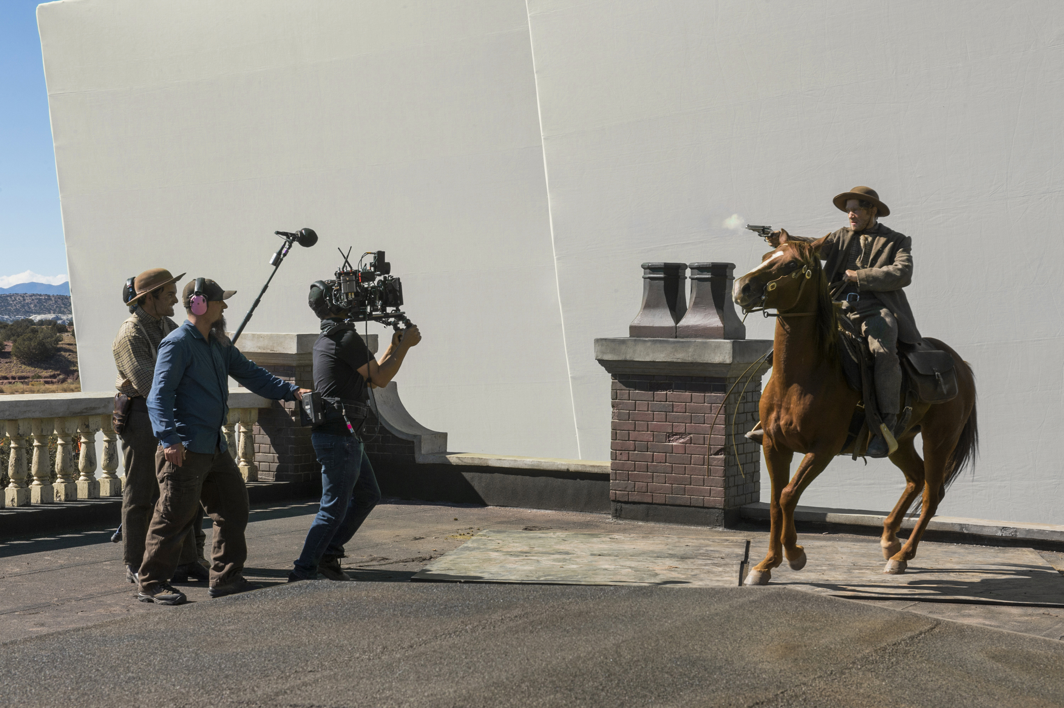Netflix Buys New Mexico Production Hub: Why Hollywood Is Sinking Billions Into Albuquerque