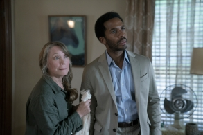 "CASTLE ROCK  -- ""Severance"" - Episode 101 - An anonymous phone call lures death-row attorney Henry Denver back to his home town of Castle Rock, Maine. Ruth Deaver (Sissy Spacek) and Henry Deaver (Andre Holland) shown. (Photo by: Patrick Harbron/Hulu)"