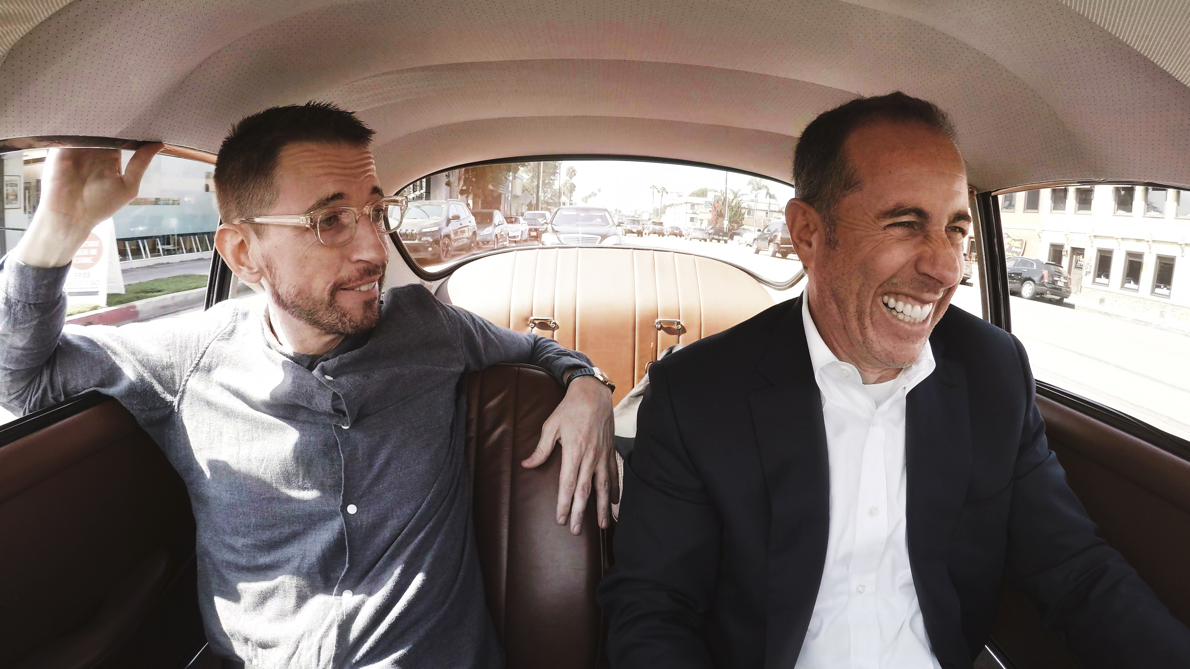 comedians in cars getting coffee on netflix the best new episodes indiewire. Black Bedroom Furniture Sets. Home Design Ideas