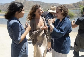 "Jenni Konner, Juliette Lewis, and Lena Dunham on the set of ""Camping"""