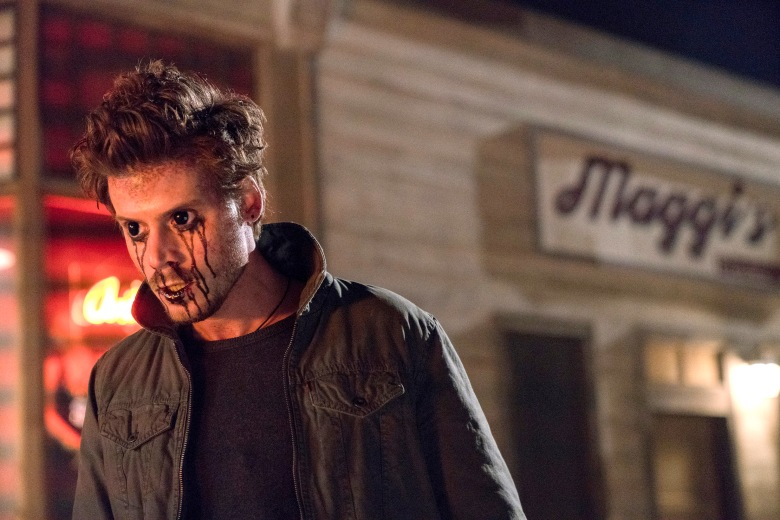 "MIDNIGHT TEXAS -- ""The Virgin Sacrifice"" Episode 110 -- Pictured: Francois Arnaud as Manfred -- (Photo by: Karen Kuehn/NBC)"