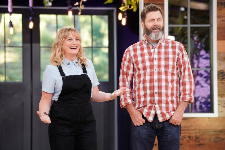 "MAKING IT -- ""You Crafty"" Episode 101 -- Pictured: (l-r) Amy Poehler, Nick Offerman -- (Photo by: Paul Drinkwater/NBC)"