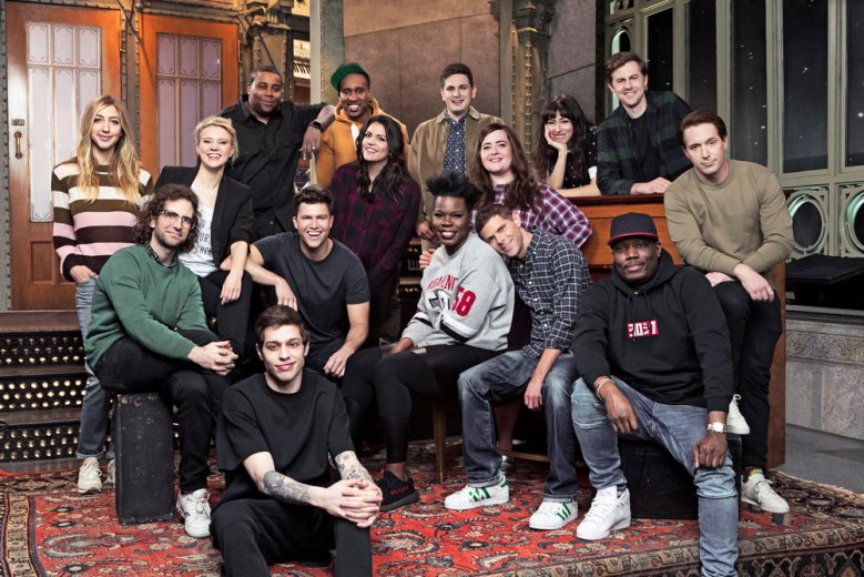 SATURDAY NIGHT LIVE -- Season 43 Cast Shot -- Pictured: (front l-r) Kyle Mooney, Pete Davidson, Colin Jost, Leslie Jones, Mikey Day, Michael Che; (middle l-r) Heidi Gardner, Kate McKinnon, Cecily Strong, Aidy Bryant, Beck Bennett; (back l-r) Kenan Thompson, Chris Redd, Luke Null, Melissa Villaseñor, Alex Moffat -- (Photo by: Mary Ellen Matthews/NBC)