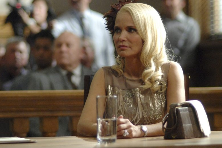 "TRIAL & ERROR: LADY, KILLER -- ""A Hole In The Case"" Episode 204 -- Pictured: Kristin Chenoweth as Lavinia Peck-Foster -- (Photo by: Sergei Bachlakov/Warner Bros/NBC)"